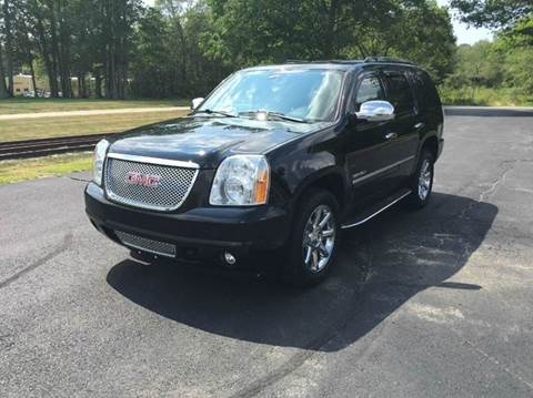 2010 GMC Yukon for sale at Route 106 Motors in East Bridgewater MA