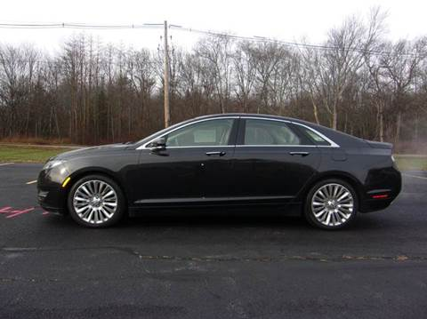 2013 Lincoln MKZ for sale at Route 106 Motors in East Bridgewater MA