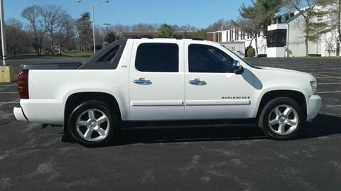 2007 Chevrolet Avalanche for sale at Route 106 Motors in East Bridgewater MA