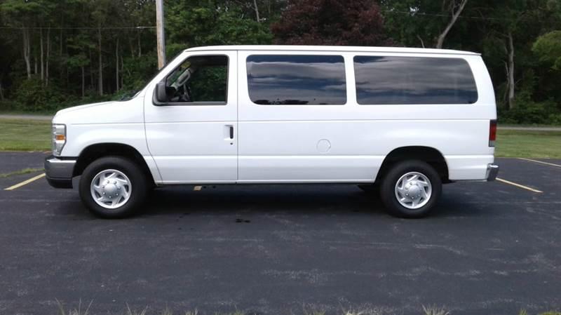 40acd31ef1 2011 Ford E-Series Wagon E-350 SD XLT 3dr Passenger Van In East ...