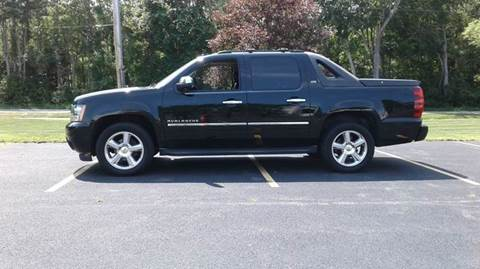 2010 Chevrolet Avalanche for sale at Route 106 Motors in East Bridgewater MA