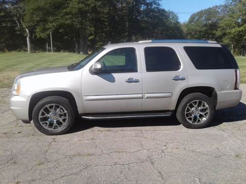 2007 GMC Yukon for sale at Route 106 Motors in East Bridgewater MA