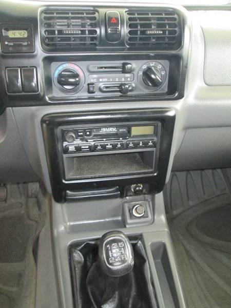 2000 Isuzu Amigo S 2dr SUV w/ Soft Top - Angier NC