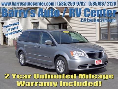 2013 Chrysler Town and Country for sale in Brockport, NY