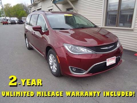 2017 Chrysler Pacifica for sale in Brockport, NY