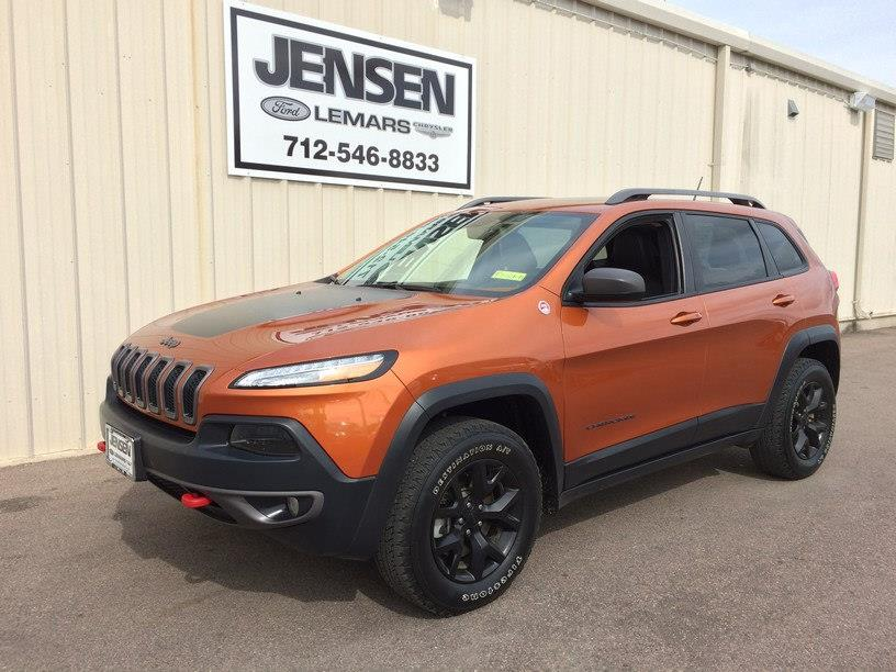2015 Jeep Cherokee for sale at Jensen's Used Cars in Sioux City IA