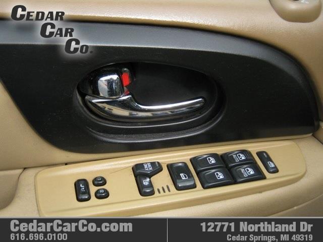2002 GMC Envoy SLT 4WD 4dr SUV - Cedar Springs MI