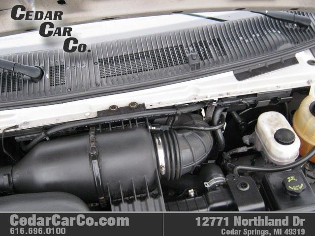 2009 Ford E-Series Wagon  - Cedar Springs MI