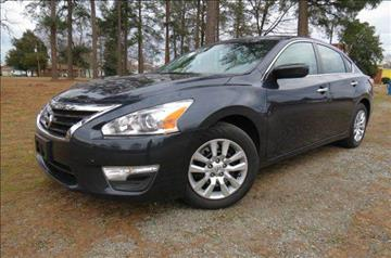 2015 Nissan Altima for sale at CITY TO CITY AUTO SALES LLC in Richmond VA