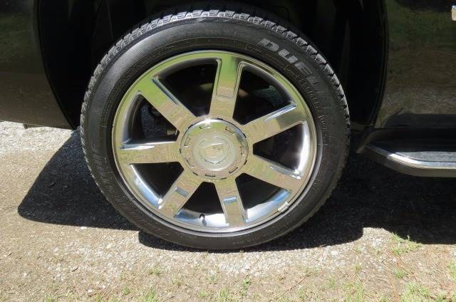 2007 Cadillac Escalade for sale at CITY TO CITY AUTO SALES LLC in Richmond VA