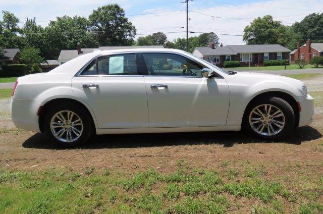 2016 Chrysler 300 for sale at CITY TO CITY AUTO SALES LLC in Richmond VA