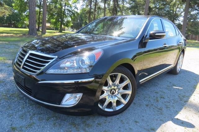 2011 Hyundai Equus for sale at CITY TO CITY AUTO SALES LLC in Richmond VA