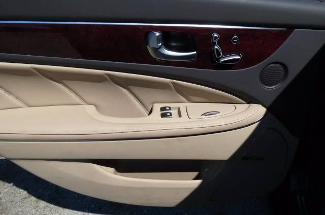 2011 Hyundai Equus for sale at CITY TO CITY AUTO SALES LLC in Richmond VA