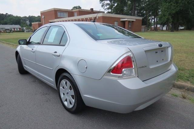 2009 Ford Fusion for sale at CITY TO CITY AUTO SALES LLC in Richmond VA