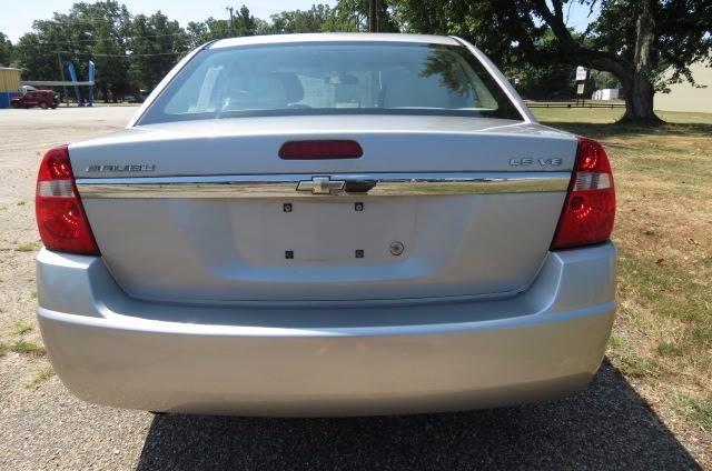 2006 Chevrolet Malibu for sale at CITY TO CITY AUTO SALES LLC in Richmond VA