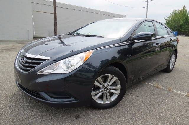2013 Hyundai Sonata for sale at CITY TO CITY AUTO SALES LLC in Richmond VA