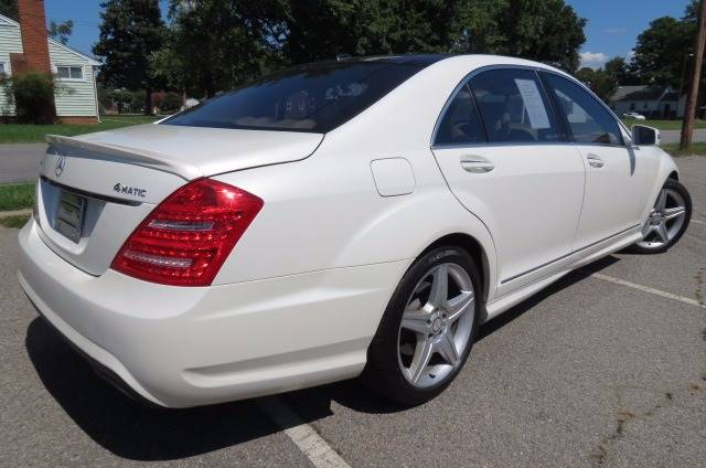 2010 Mercedes-Benz S-Class for sale at CITY TO CITY AUTO SALES LLC in Richmond VA