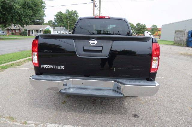2015 Nissan Frontier for sale at CITY TO CITY AUTO SALES LLC in Richmond VA