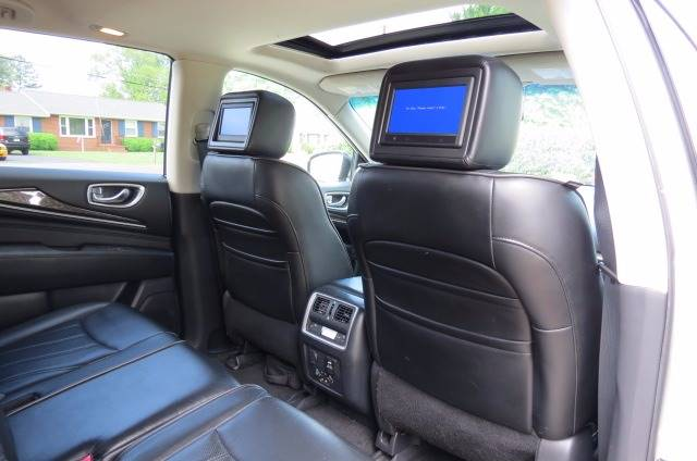 2013 Infiniti JX35 for sale at CITY TO CITY AUTO SALES LLC in Richmond VA