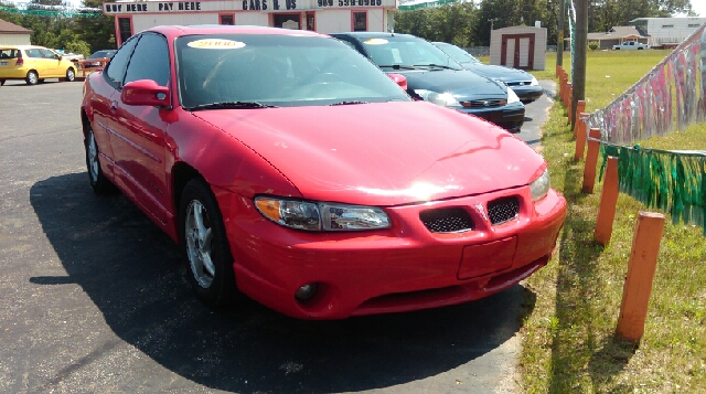 2000 Pontiac Grand Prix for sale at CARS R US in Caro MI
