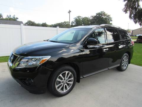 2014 Nissan Pathfinder for sale at D & R Auto Brokers in Ridgeland SC