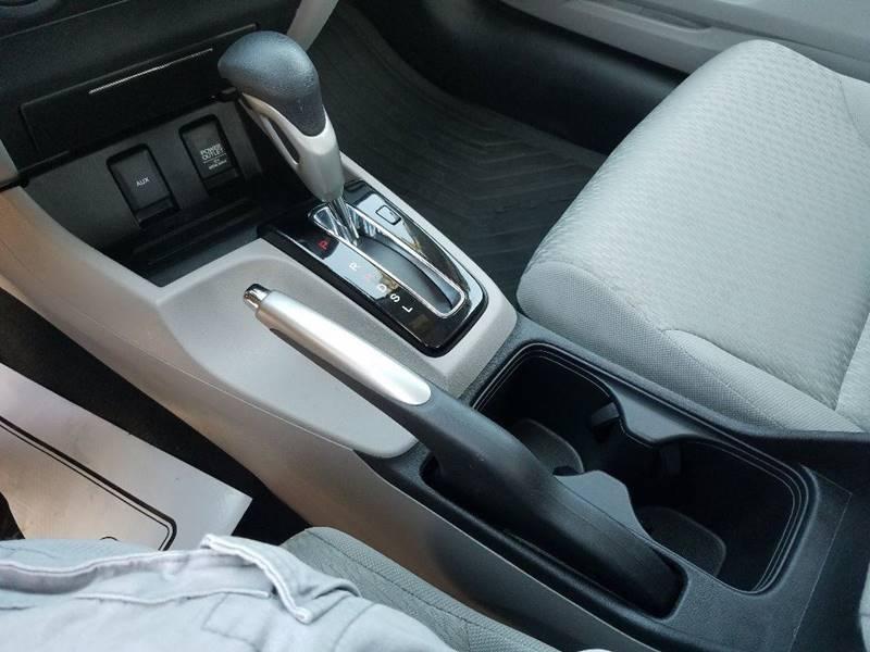 2014 Honda Civic LX 4dr Sedan CVT - Grants Pass OR