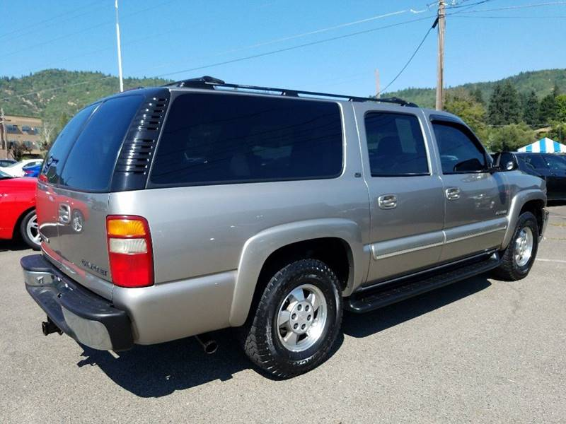 2001 Chevrolet Suburban 1500 LT 4WD 4dr SUV - Grants Pass OR