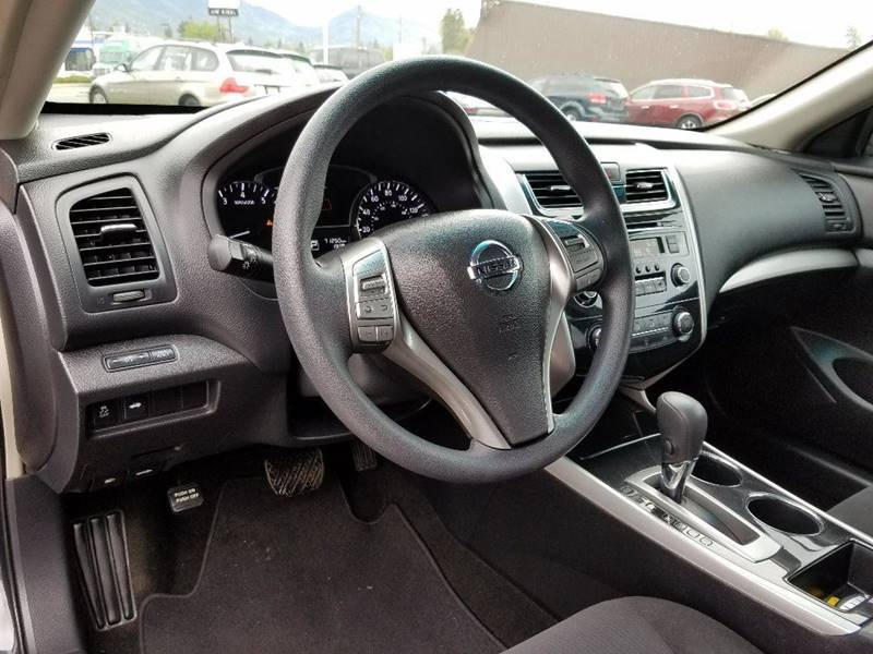2013 Nissan Altima 2.5 S 4dr Sedan - Grants Pass OR