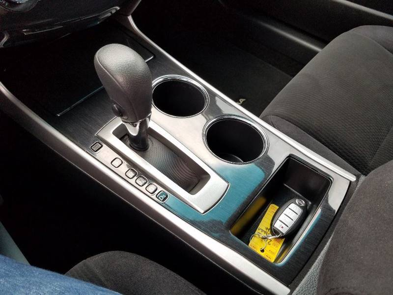 2013 Nissan Altima 2.5 S 4dr Sedan - Grants Pass OR