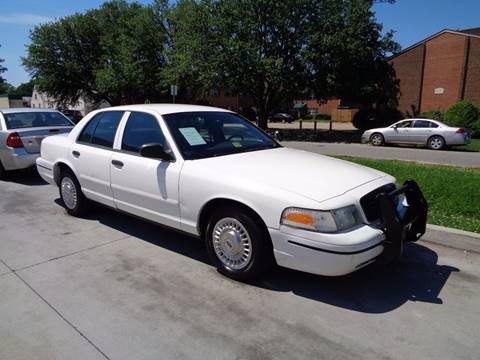 2000 Ford Crown Victoria for sale at Your Kar Company in Norfolk VA