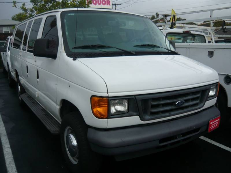 8bbdd5c4d0 2006 Ford E-Series Wagon E-350 SD XL 3dr Extended Passenger Van In ...