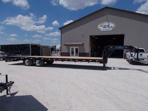 2017 Load Trail 32' Gooseneck Trailer