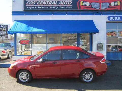 2009 Ford Focus SE for sale at Cos Central Auto in Meriden CT
