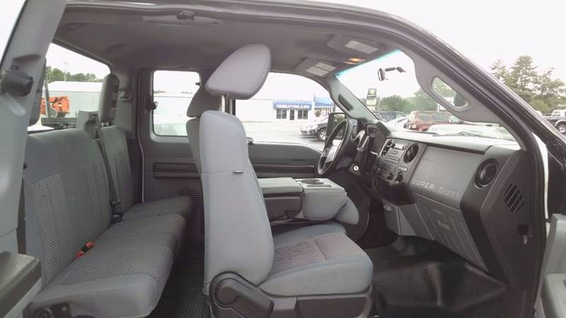 2011 Ford F-250 Super Duty 4x4 XL 4dr SuperCab 8 ft. LB Pickup - Russellville KY