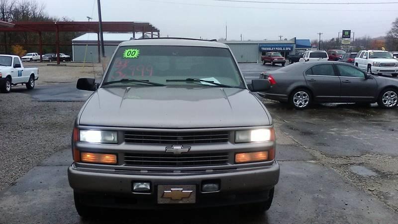 2000 Chevrolet Tahoe Limitedz71 4dr Z71 4wd Suv In Russellville Ky