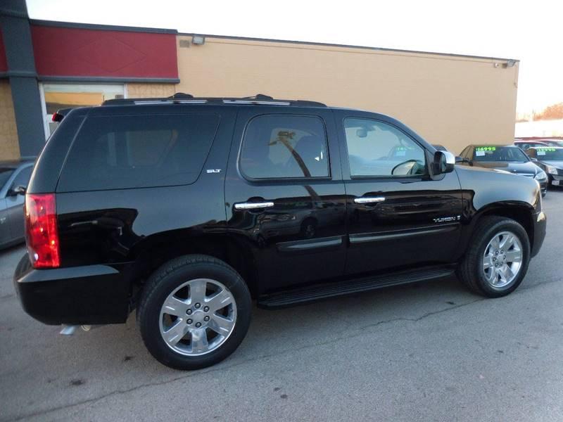 2007 GMC Yukon SLT 4dr SUV w/4SB w/ SLT-2 Package - Louisville KY