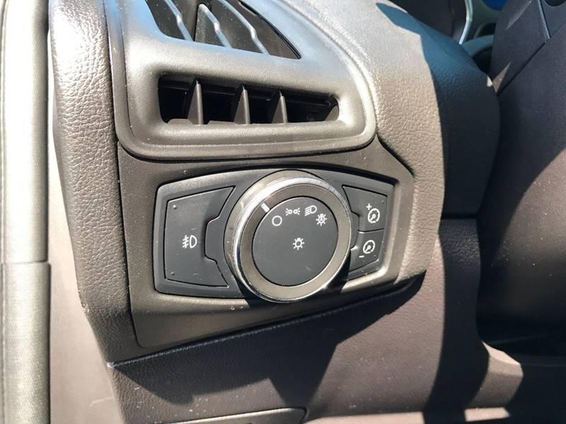 2012 Ford Focus SE 4dr Sedan - Louisville KY