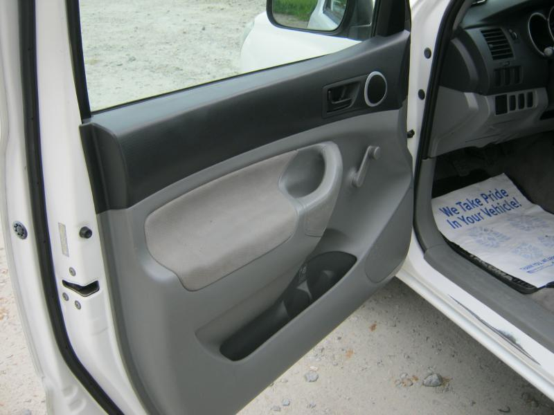 2005 Toyota Tacoma 2dr Standard Cab Rwd SB - Dublin GA
