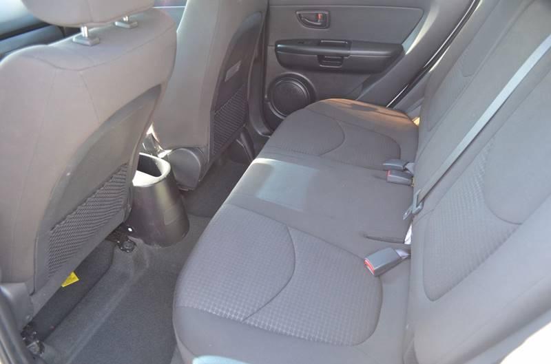 2012 Kia Soul Base 4dr Wagon 6A - Cuyahoga Falls OH