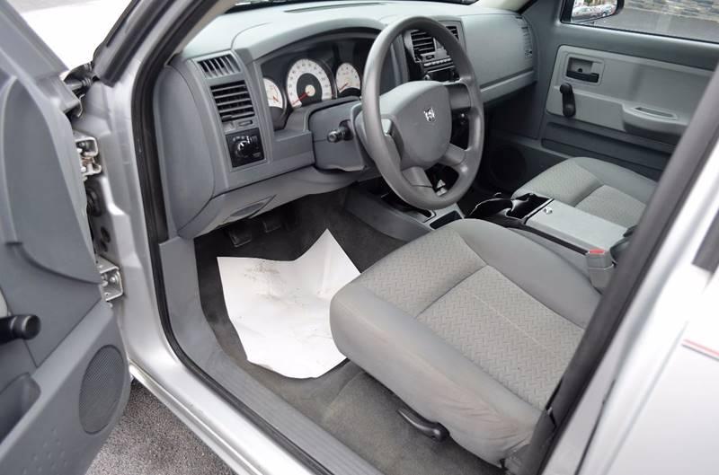 2007 Dodge Dakota 4x2 ST 4dr Club Cab SB - Cuyahoga Falls OH