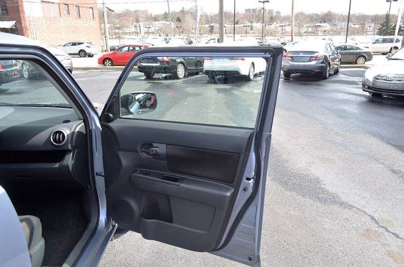 2009 Scion xB 4dr Wagon 4A - Cuyahoga Falls OH