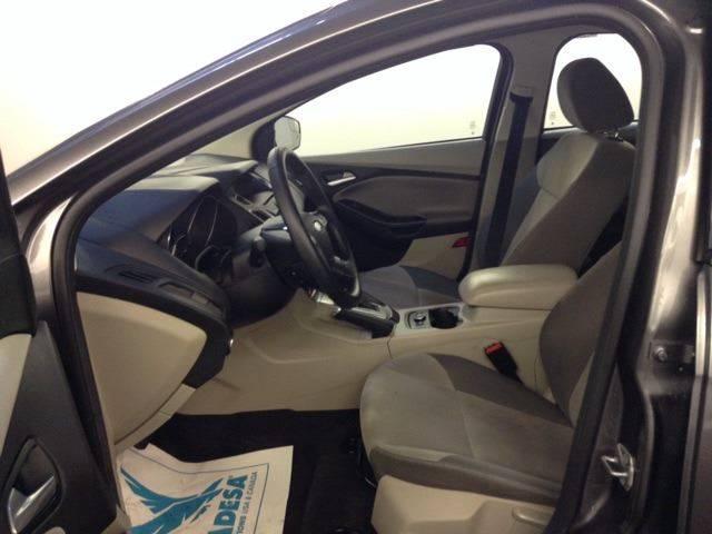 2014 Ford Focus SE 4dr Sedan - Brookline MA
