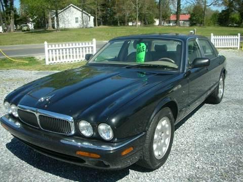 2002 Jaguar XJ-Series for sale at Car Trek in Dagsboro DE