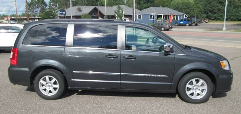 chrysler town and country 2012 oil type