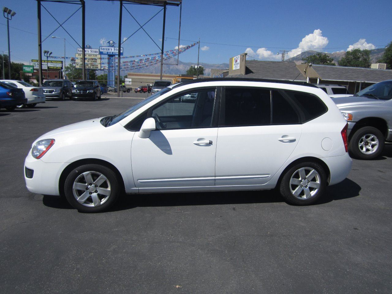 2008 Kia Rondo for sale at Smart Buy Auto Sales in Ogden UT