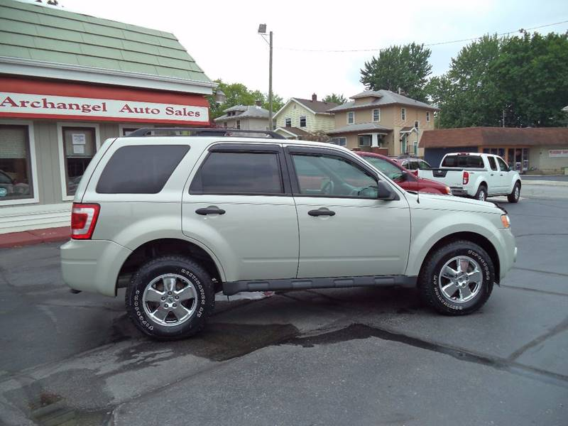 2009 Ford Escape AWD XLT 4dr SUV V6 - Fort Wayne IN