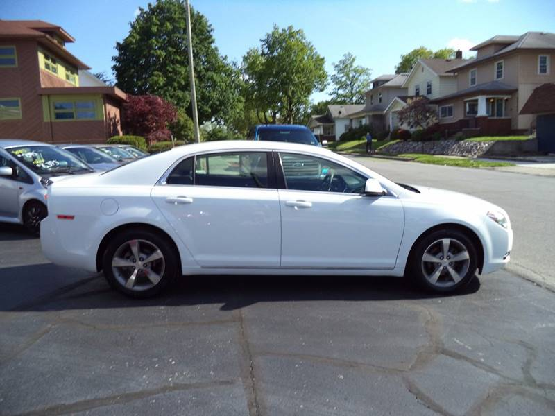 2011 Chevrolet Malibu LT 4dr Sedan w/1LT - Fort Wayne IN