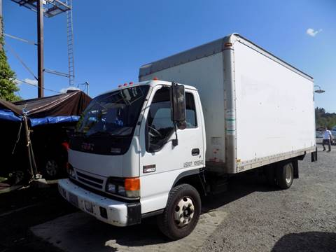 2005 GMC W4500 for sale in Kenmore, WA