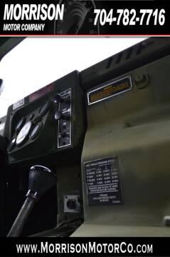 2004 AM General Hummer