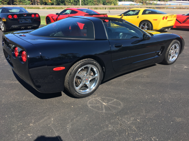 2004 Chevrolet Corvette 2dr Coupe - Oneonta NY